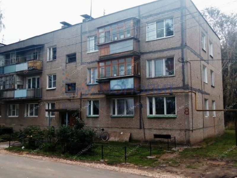 трёхкомнатная квартира на улице Докучаева дом 8 рабочий посёлок Малое Козино