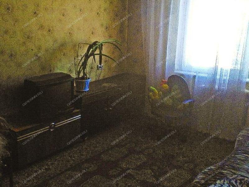 комната в доме 44 на Гордеевской улице