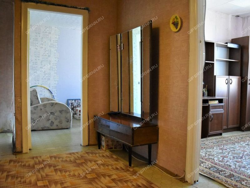 трёхкомнатная квартира на улице Фрунзе дом 112 город Бор