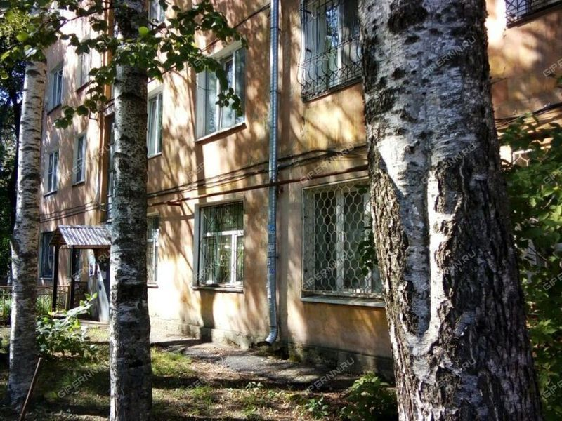 трёхкомнатная квартира на проспекте Гагарина дом 13А